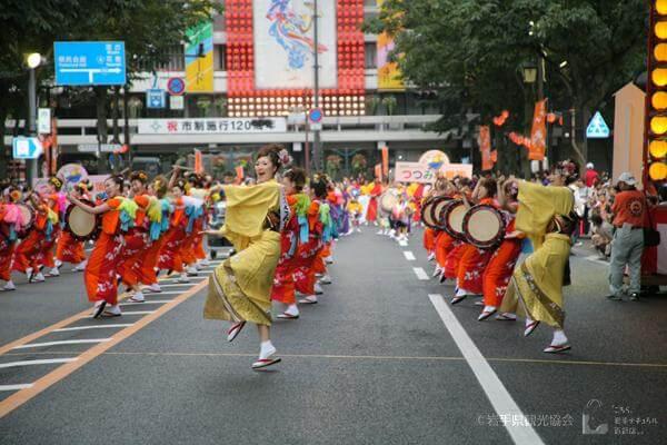 さんさ踊りパレード