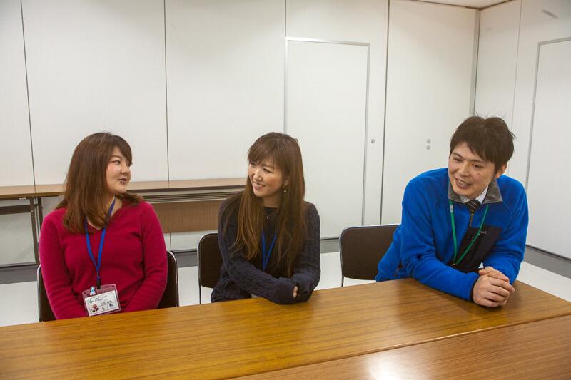 盛岡市協力隊の佐々木さんと石井さんと都市戦略室の杉田さん