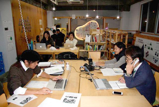 sankakuの名前には「ユニークな人材が集まってとんがったアイデアを打ち出し、福井の未来に参画していこう」という思いが込められている(提供:福井新聞社)