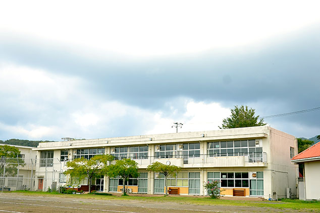 _「旧・岩井小学校」外観