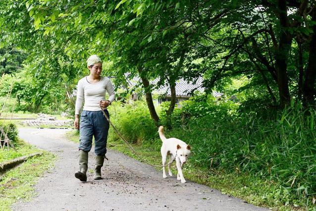 石黒さん犬の散歩