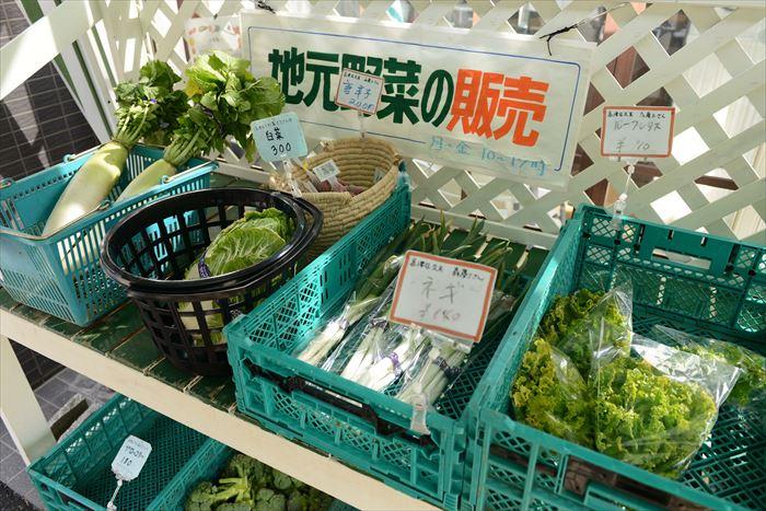野菜販売の様子