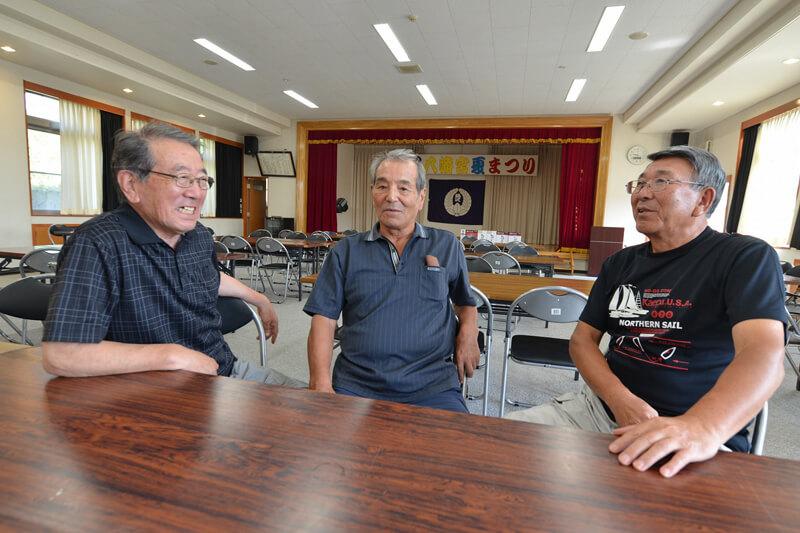 左から森田さん、藤沢活性化協議会会長・伊瀬谷登さん、藤沢活性化協議会副会長・須藤桂允さん