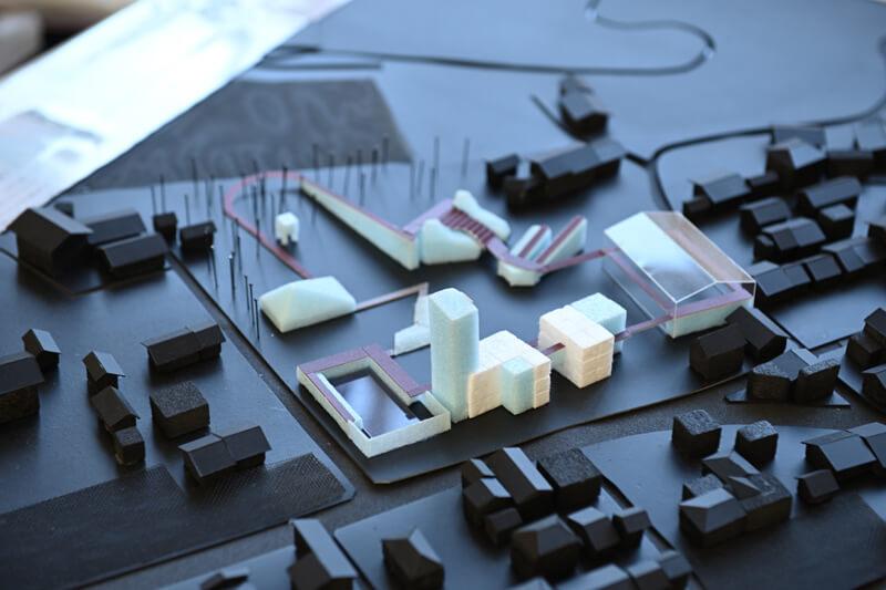 大学の卒業制作で提案した「アートホテル」の模型