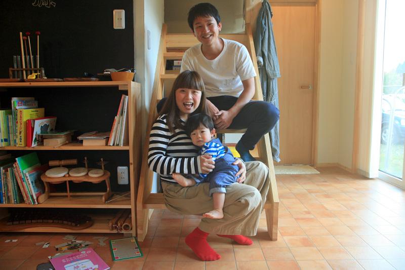 笑顔の鈴木さん一家