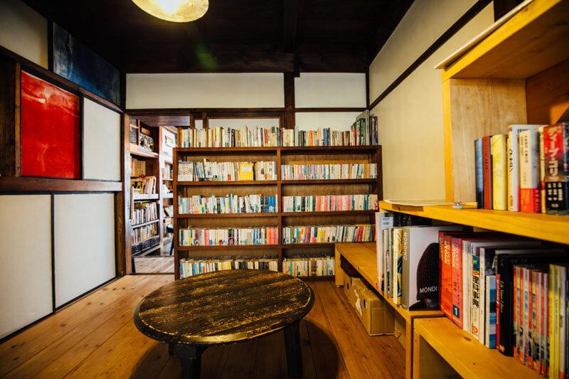 「本と屯」の店内の様子