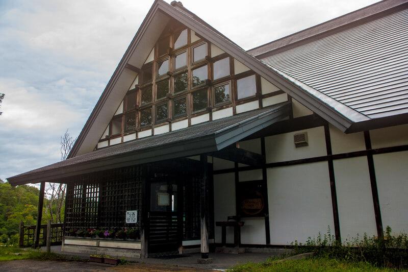 もとはレストランだったという「Takko cafe」の建物