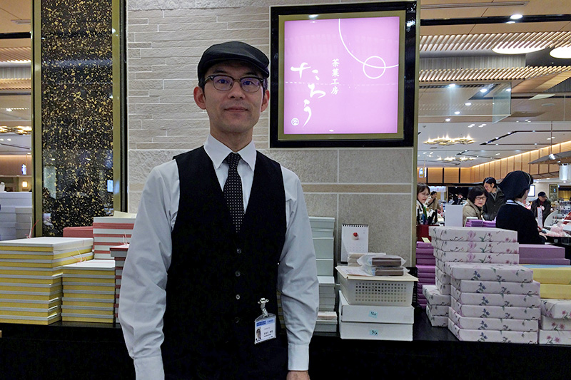 お店での接客について語る長谷川さん