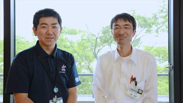 奥州市役所奥州市総務企画部元気戦略室の本明(左)さんと上條さん(右)地域おこし協力隊を様々な面でサポートします。