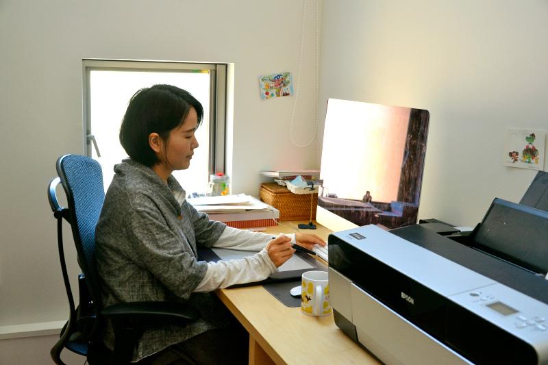 ササキワカバさんの仕事風景