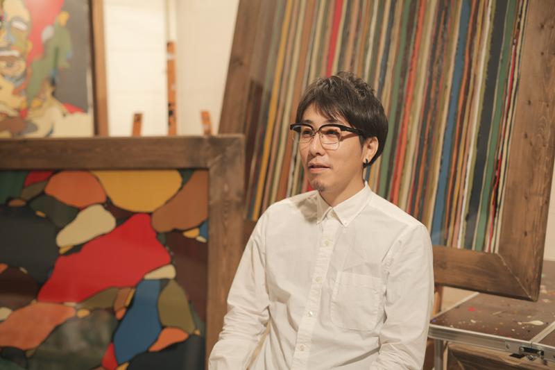 インタビューに応える富永ボンドさん