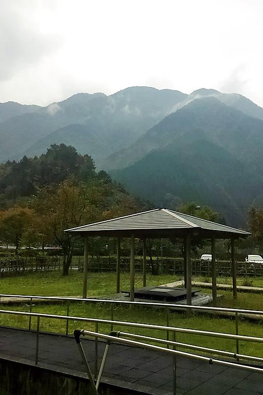 ▲オクシズのお気に入りの温泉からの風景