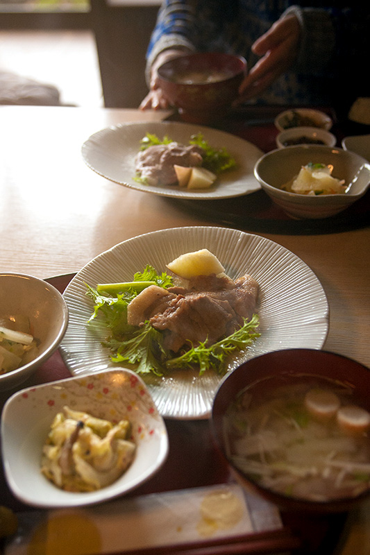 人気の農家レストラン「菜ぁ」の料理